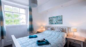 Fantastic Location Cheltenham Town Centre Sleeps 2